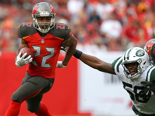 Fantasy football start/sit Week 11: What to do with Doug Martin