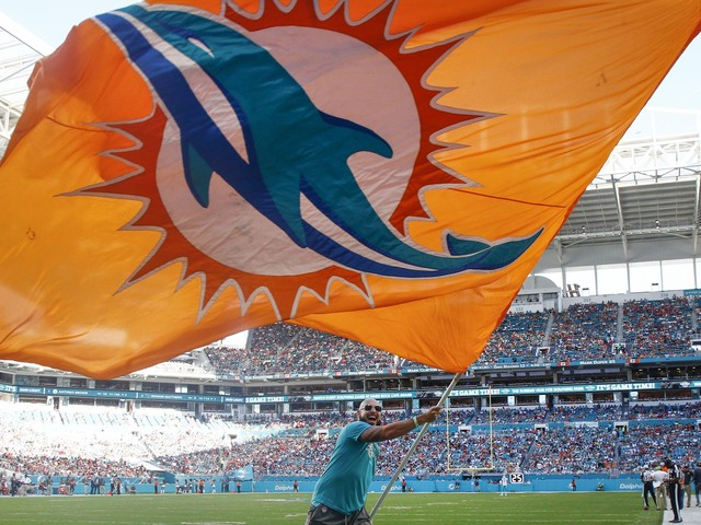 Agreement to move Miami Open to Dolphins stadium in jeopardy