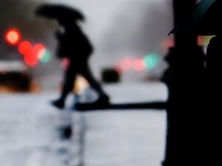 Moving cross country, deadly storm takes aim at Northeast