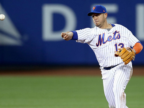Mets Pick Up Options For Cabrera, Blevins