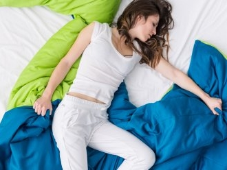 The Best Cooling Bedsheets for Hot Sleepers