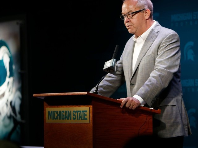 Ex-Michigan State AD Mark Hollis slams ESPN report in staff email