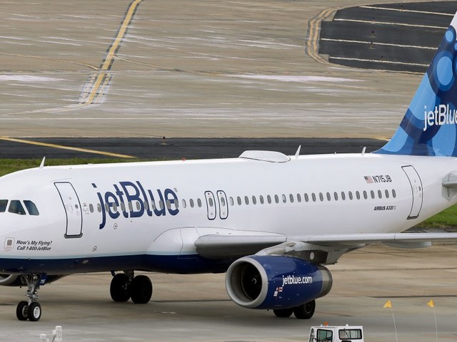A JetBlue plane's emergency landing exposes a great danger caused by Trump's laptop ban (JBLU)