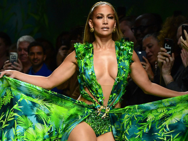 Jennifer Lopez Wears a Replica of Her Iconic Green Dress at Versace 2020 Fashion Show!