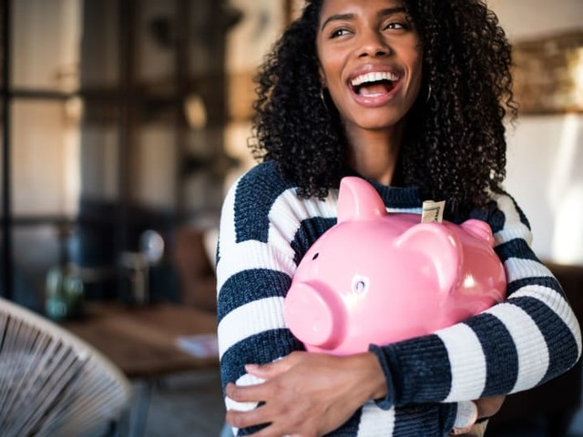 11 Money Mistakes That Can Wreck Your Finances in Your 20s, 30s, 40s