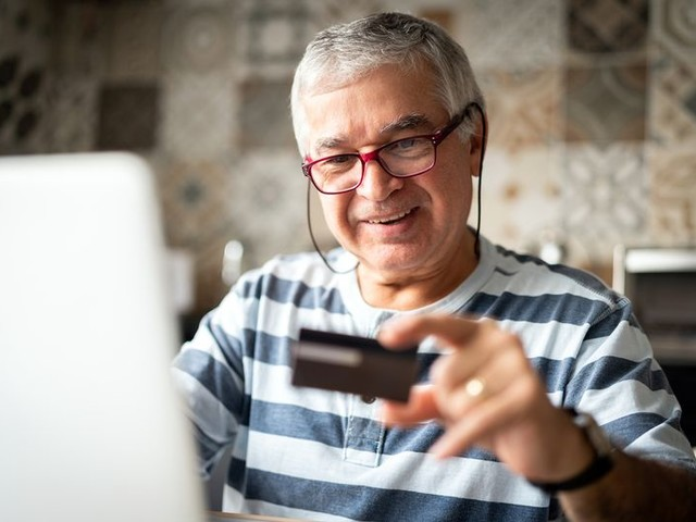 12 Best Credit Cards for Seniors