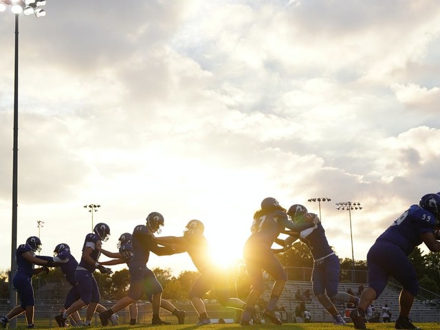 Minnesota high school football, volleyball move to spring, other fall sports to start on time