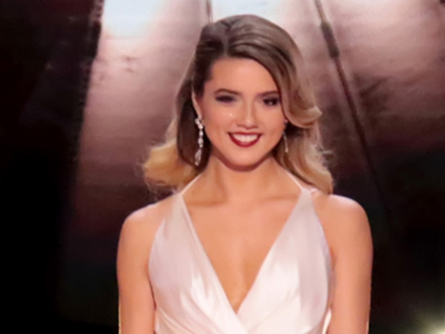Miss Michigan Emily Sioma Shocks Crowd by Addressing Flint Water Crisis Live During Miss America 2019 Pageant