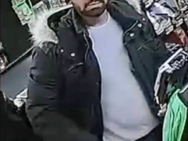 Cops seek thief in Sheepshead Bay credit card heist