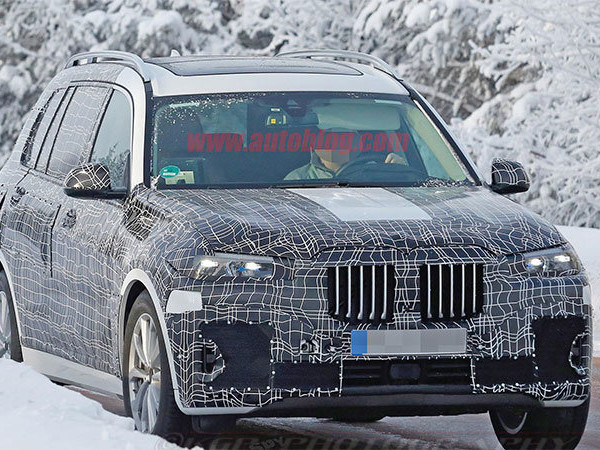 Production BMW X7 with toned-down styling headed for LA Auto Show reveal