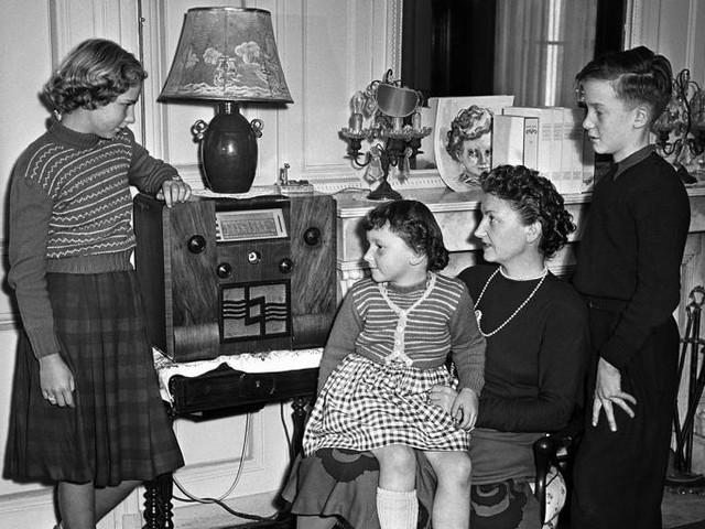 The Renaissance of the Humble Radio Drama