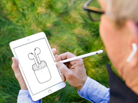 Tim Cook turns his iPad meme into an AirPod meme