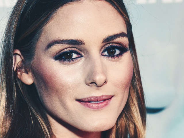 You May Approach Olivia Palermo for a Bobby Pin