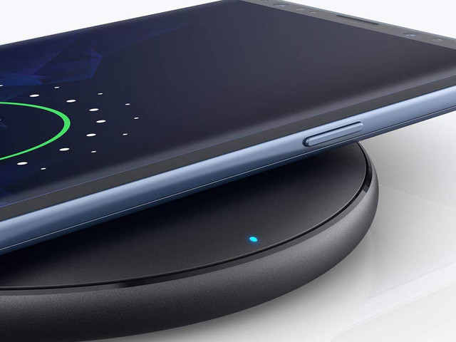 The $8 fast wireless charging pad people went crazy for is back in stock… but it'll sell out soon