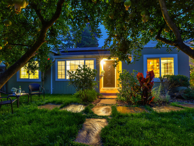 Sponsored: Walk to cafes, shops from this 3-bedroom, 2-bathroom Menlo Park home in a charming neighborhood with terrific schools