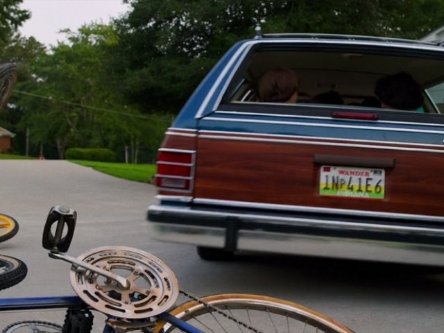 Do cars in set-in-the-past movies and TV shows pull you out of the picture?