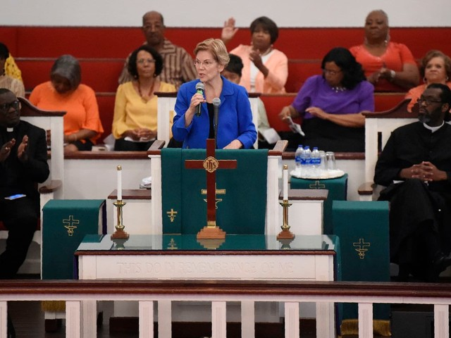 Warren works to overcome hurdles with black voters in S.C.