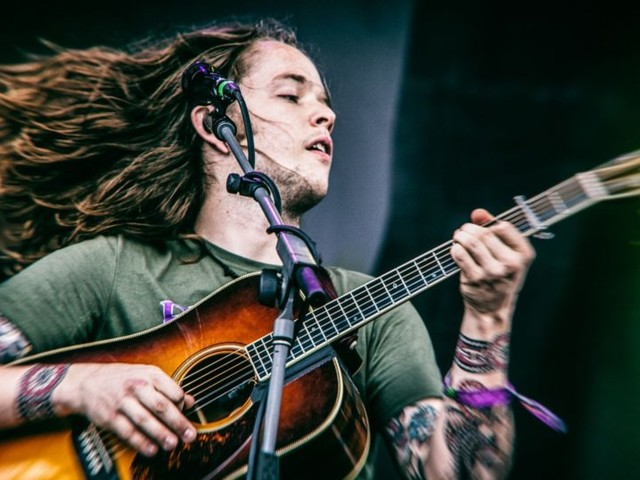 Billy Strings Covers Widespread Panic In Athens