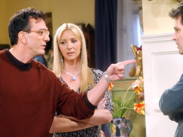 Gasp! Friends Cocreater Reveals Phoebe Could Have Ended Up With David After All