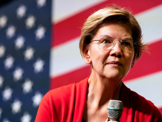 Elizabeth Warren Claps Back At Another Sexist Trope: Smiling