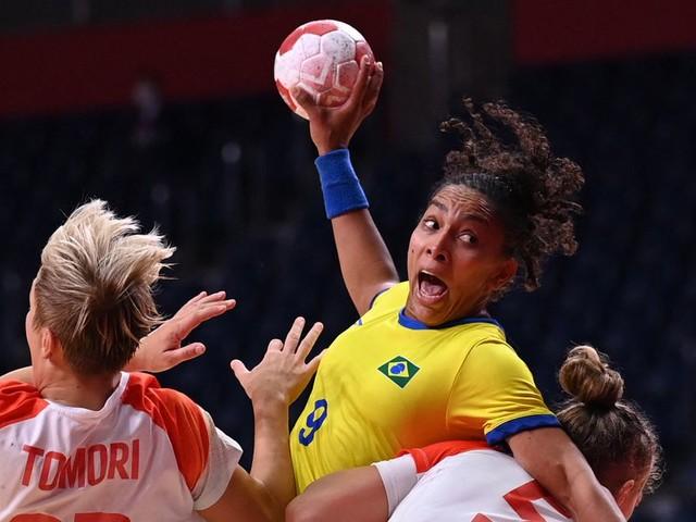 Handball Rules. Why Isn't Team USA Good at It?