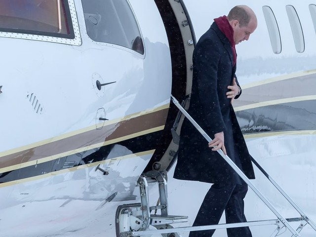 Which Members of the Royal Family Fly Commercial, and Why They Do It