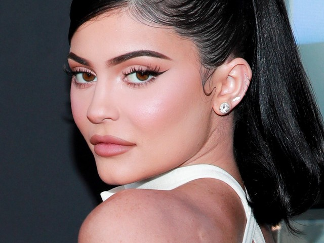 Kylie Jenner Just Sold The Majority Stake Of Her Beauty Empire For $600 Million