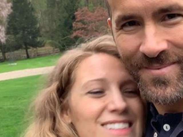 Ryan Reynolds Hilariously Trolls Wife Blake Lively With Awkward Selfies on Her Birthday