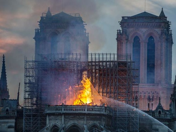 In Turkey, Many Celebrated As Notre Dame Burned