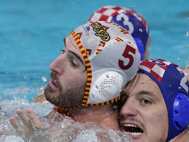Spain, Greece win water polo groups at Tokyo Olympics