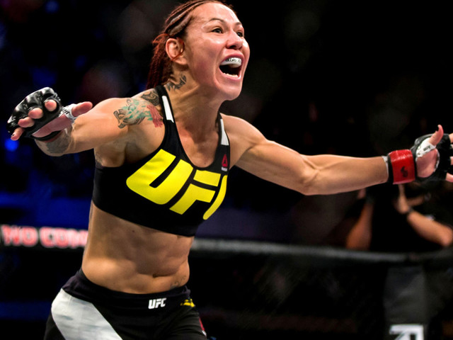 Cyborg snags Bellator title in historic debut win over Budd