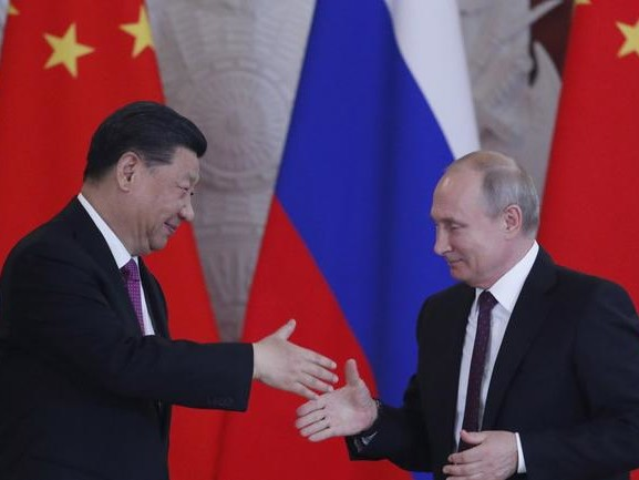 For The First Time Ever, Russia Will Issue Sovereign Bonds Denominated In Yuan
