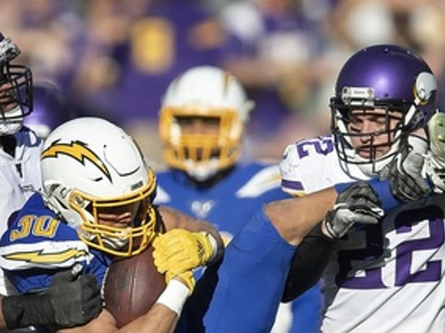 In Vikings' win over Chargers, Danielle Hunter shows he's a terror against the run, too