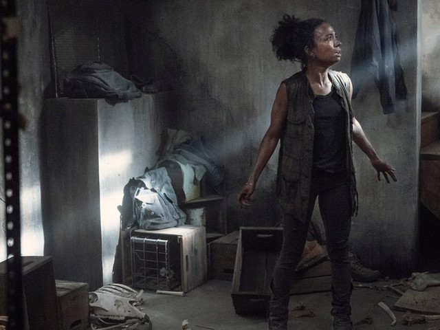 Trapped inside a house, The Walking Dead goes full-on horror movie