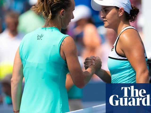 Svetlana Kuznetsova beats Ashleigh Barty to meet Madison Keys in final