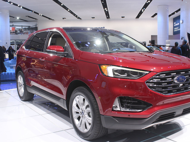 The 2019 Ford Edge ST Is Fine, But The Base Model Is The Better Buy