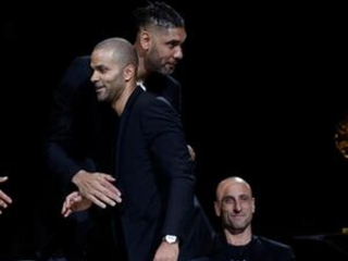 Spurs retire Parkers' jersey in emotional ceremony