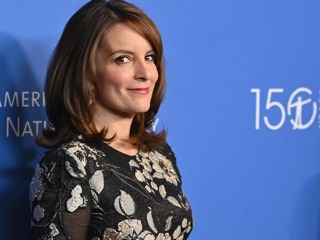 These unlikely celebrities still use AOL email accounts and we're really not that surprised