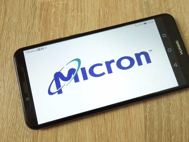 Micron Stock Has Near-Term Headwinds, But It's Worth Buying