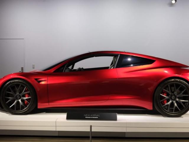 Tesla Roadster should come in 2023, Elon Musk says