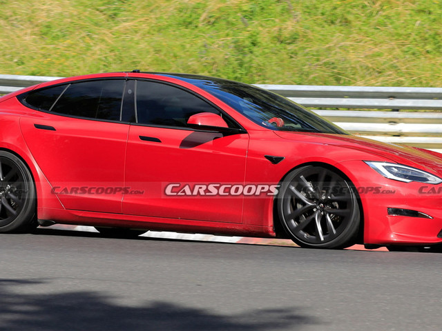 Tesla Model S Plaid Smashes Production EV Nurburgring Record Beating Porsche Taycan Turbo By 12 Seconds