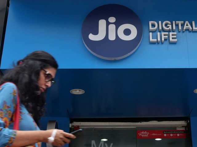 Jio Launches 'All-in-One' Prepaid Plans With 2GB Data, Offnet IUC Minutes