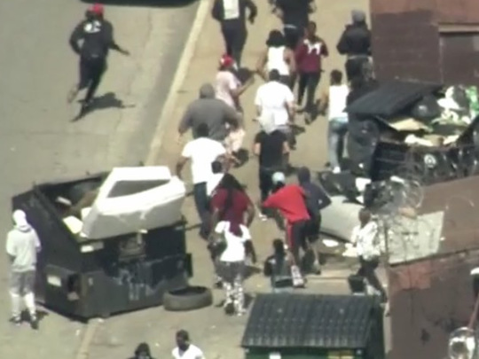 Ahead Of The 3rd Night Of Riots: Looting, Violent Protests Begin In Phildadelphia