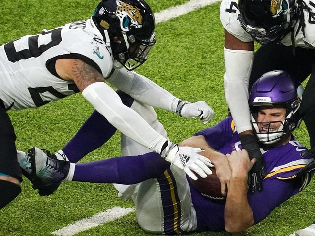 Film review: Vikings nearly fold under Jaguars pressure; blitzing Bucs up next