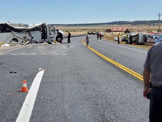 4 Dead After Bus Carrying Chinese Tourists Crashes In US