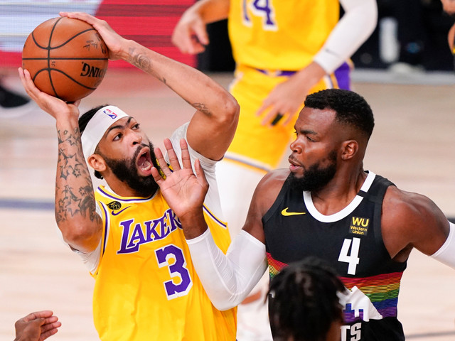 Photos: Lakers extend series lead over Denver Nuggets in Game 4 of Western Conference Finals