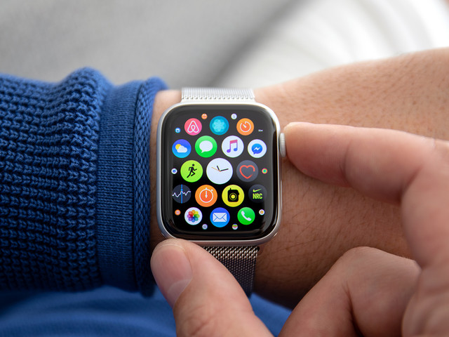 Apple Watch is on sale right now on Amazon starting at just $189