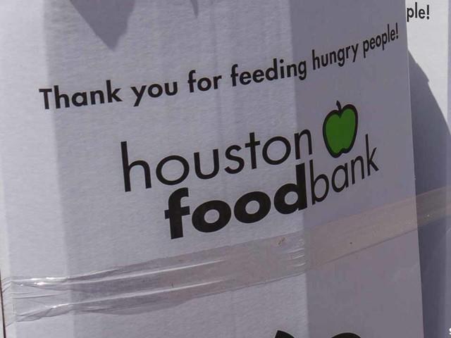 Houston Food Bank needs volunteers at new warehouse