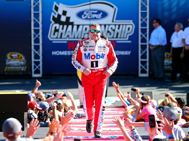 Opinion: Tony Stewart's first ballot selection to NASCAR Hall of Fame a no-brainer