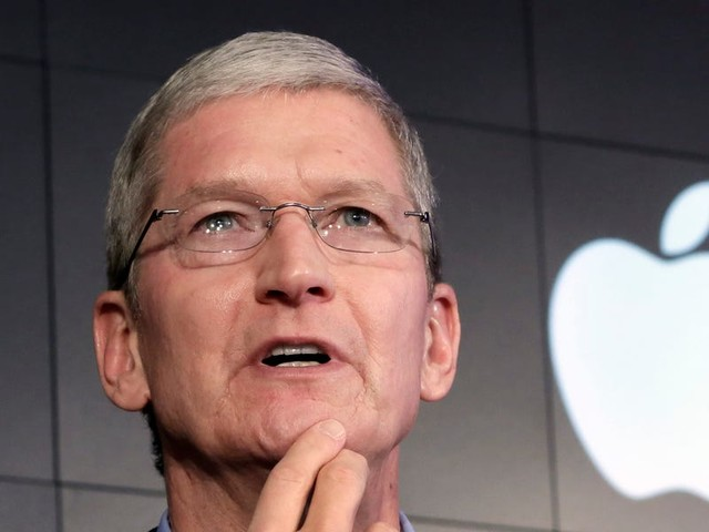 Apple's rare revenue warning left out something major — and it's a sign of how difficult it is to predict the coronavirus' impact on business (AAPL)
